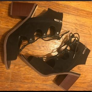 Sam Edelman Circus Black Leather Laced Sandals